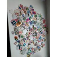 Почтовые  марки мира более 1100 штук .старт с 1 р