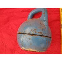 Универсальная гиря-раскладушка на  2 веса-24 кг пустая и 40 кг можно  ДОЗИРОВАННО добавить внутрь.