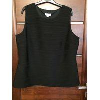 Фирменная блуза на 56-58 размер Calvin Klein, оригинал, новая. Блуза выполнена из интересной ткани с объемным рисунком, фактурными полосками. Блуза на плотной подкладке, за счет объемности ткани не об