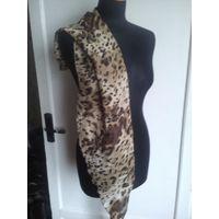 Красивый леопардовый шарфик