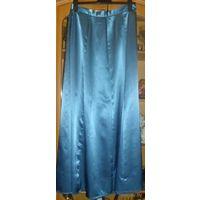 Красивый нарядный костюм, р-р 46-48