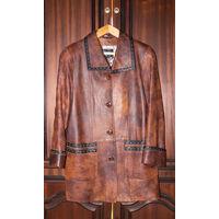 Куртка женская кожаная. 4XL. Торг уместен.