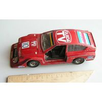 Polistil Alfa Romeo ALFETTA GTV 1:25 сделано в Италии 1980-е года