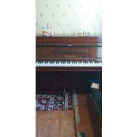 Фортепиано Weinbach  Чехословакия семидесятых годов мягкое звучание инструмент настроен Дека со следами времени