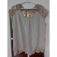 Симпатичная блузка с кружевом на р-р 54-56, Италия