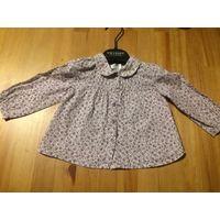 Рубашка Zara baby 6-9 месяцев. Рост 74 см. Испания. Нежно-сиреневого цвета в цветочек. Длина 30 см, длина рукава 25 см, ПОгруди 26 см. Трапецевидная модель. Идеальное состояние.