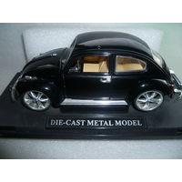 """Модель авто """"Volkswagen Beetle """".1:18."""