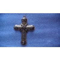 Крест ожурный, большой  с камушками. распродажа