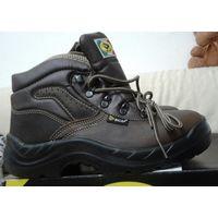 Рабочие ботинки 41 размер, производство Италия кожанные с укрепленным носком