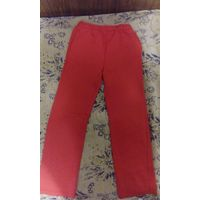 Спортивные штаны красные