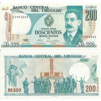 Уругвай 200 новых песо образца 1986 года UNC P66