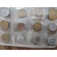 Альбом с монетами. -100шт
