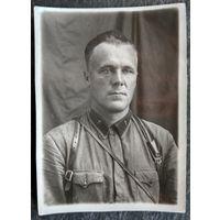 Фото военнослужащего. До 1942 г. 8.5х12 см.