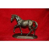 Статуэтка конь , лошадь , бронза