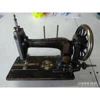 Швейная машинка NAUMANN