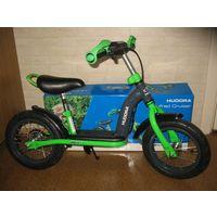 """Детский беговел велосипед Hudora Laufrad Cruiser 12""""  Новый, в коробке полная комплектация, инструкция, набор из 2х ключей.  Беговел для малышей с подставкой для ног! Окрашенная трубчатая стальная рам"""