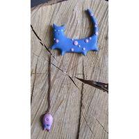 Котик - рыболов, двойной магнит или двойная брошь ручной работы