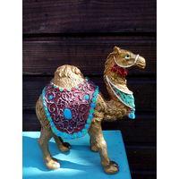 Статуэтка верблюда