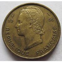 Французская Западная Африка 25 франков 1956