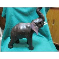 С 1 рубля.Слон,папье маше,высота 34 см с хоботом.