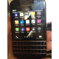 BlackBerry Q10 чёрный.акку и жки -  ок.
