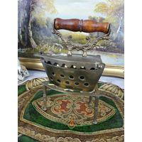 Старинный угольный утюг утюжок латунь бронза  Раритет В коллекцию АРТ 02-150
