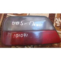 101071 Peugeot 605 задний левый стоп