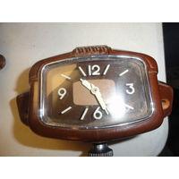 Часы новые с москвича 407 оригинал