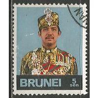 Бруней. Султан Хассанал Б.Муиззаддин. 1974г. Mi#189.
