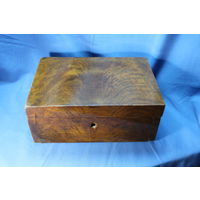 2. Старинная дореволюционная шкатулка, красное дерево. Размеры 29-20-12 см С РУБЛЯ. АУКЦИОН!!!