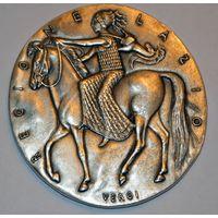 Красивая серебряная медаль Regione Lazio, Чехия, автор Johnson, 800 проба, 158,8 г., отличный рельеф, диаметр 75 мм. Без МЦ!