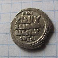 Дирхем халиф Масуд I бен Ахмад 424г.х. Газна. старая коллекция великолепное качество.