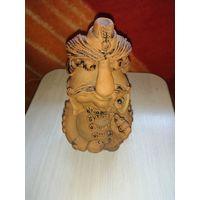 Глиняная статуэтка