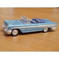 Pontiac Bonneville (1957) NewRay 1:43