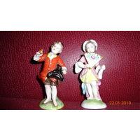 Две старинные фарфоровые статуэтки. Каподимонте