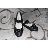 Туфли новые размер 32