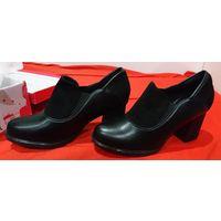Туфли новые 40 размер по стельке примерно 25,2-25,3см