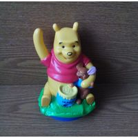 Фигурка-диспенсер Винни Пух и Крошка Ру (Winnie the Pooh, Baby Roo, Dispenser, дозатор для конфет, драже). Аналог фигурок M&Ms эмэндэмс. Нестле Nestle Smarties Minis