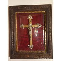 Старинный крест .Рама дерево. Выпуклое стекло. Европа.