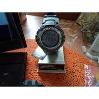 Наручные электронные часы Casio SGW-100-1V