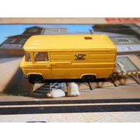 Модель микроавтобус Mercedes-benz(желт)  Н/О 1:87