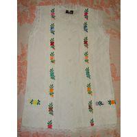 Блузка, безрукавка р.46-48 с ручной вышивкой и гипюром