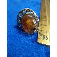 Кольцо мельхиоровое с янтарем, 18 размер