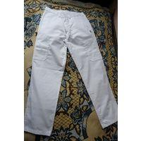 Новые белые мужские штаны (брюки), р. 48-50, 50% х/б (Германия)