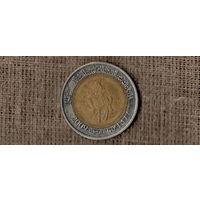 Ливия 1/2 динара 2009 /всадник/биметалл//(AR)