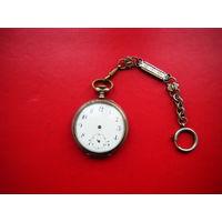 Серебренные часы на ремонт с интересной цепочкой.