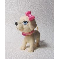 Фигурка собачки с розовым бантиком