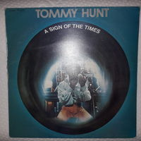 TOMMY HUNT - 1976 - A SIGN OF THE TIMES, (UK), LP