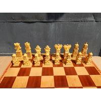Подарочные шахматы ручной работы