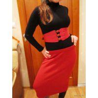 Моделька  вязаная тёплая юбка для хорошенькой девочки модного в этом сезоне Красного цвета р.44-46